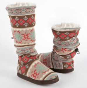 slipper-boots-mukluks-amazon