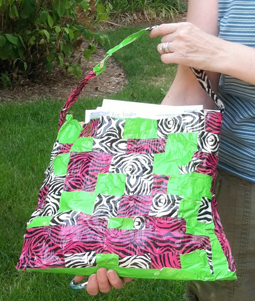 duck-tape-handbag-basket