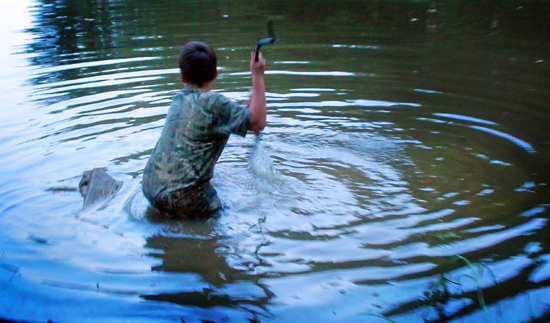 redneck-bootcamp-5-frog-hunting