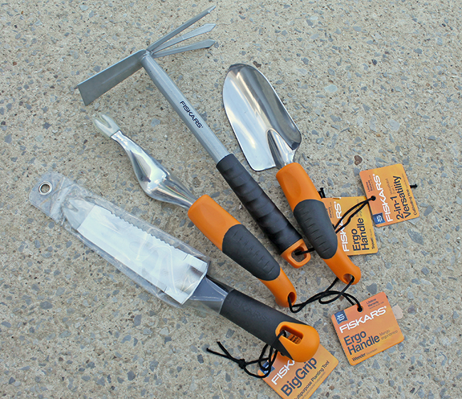 fiskars-garden-tools-complete