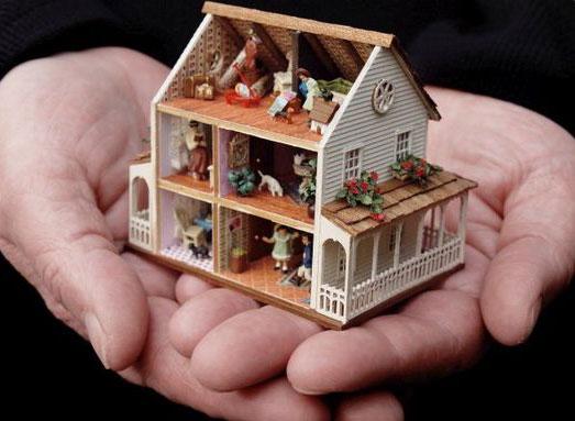 karin-caspar-miniature-house